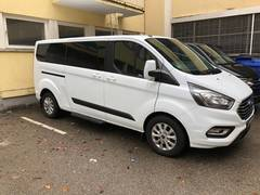 арендовать Ford Tourneo Custom 9 мест в Швейцарии