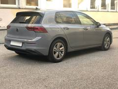 Автомобиль Volkswagen Golf 8 для аренды в Швейцарии